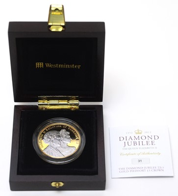 Lot 23 - A Diamond Jubilee 22ct gold piedfort £5 Guernsey crown
