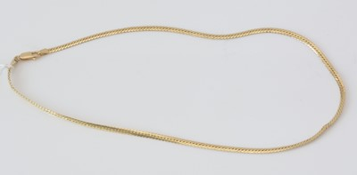 Lot 156 - An 18ct. yellow gold chain necklace.