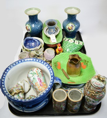 Lot 314 - Vases and other items