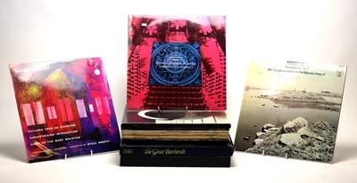 Lot 885 - 16 mixed LPs and box sets