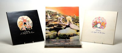 Lot 887 - Led Zeppelin and Queen LPs