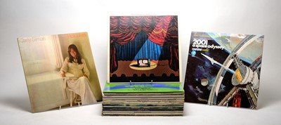 Lot 906 - 26 mixed LPs