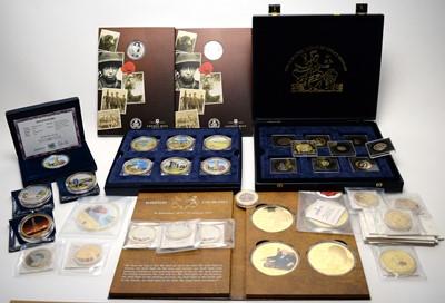Lot 37 - Commemorative coins