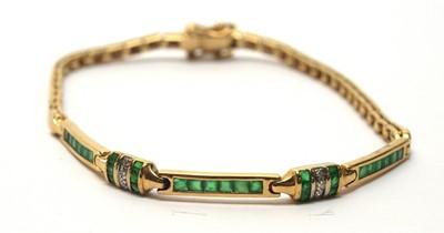 Lot 219 - Emerald and diamond set bracelet
