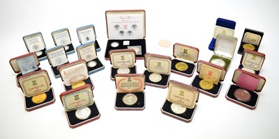 Lot 41 - A selection of silver and other commemorative coins