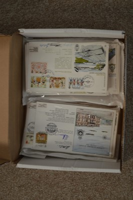 Lot 100 - Royal Air Force RFDC official signed covers