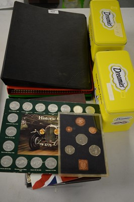Lot 437 - Selection of coinage, crowns, bank notes; etc.
