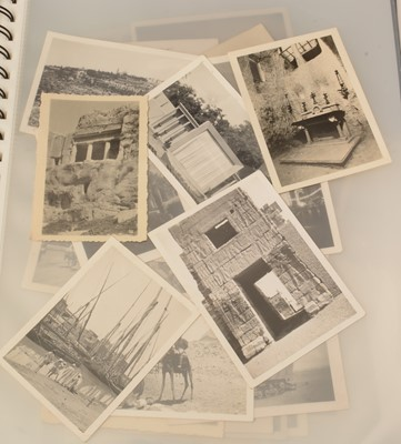 Lot 1089 - WWII photographs of Egypt