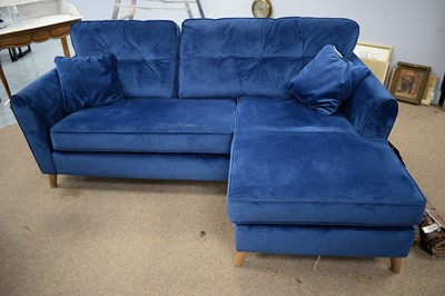 Lot 118 - 20th C corner sofa.