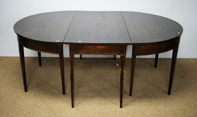 Lot 8 - A 19th Century mahogany D-end dining table