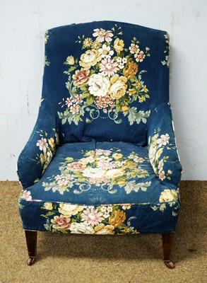 Lot 29 - An Edwardian easy armchair