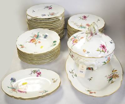 Lot 334 - Haviland and Co. La Mouche porcelain dinner service