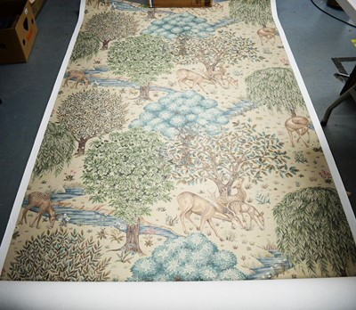 Lot 333 - A large roll of wallpaper