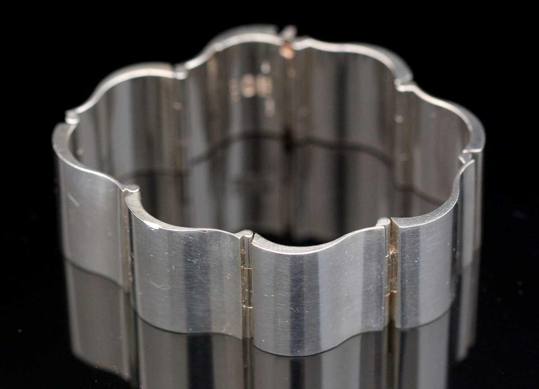 Lot 741 - Nanna Ditzel for Georg Jensen: sterling silver surf pattern bracelet