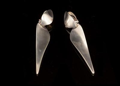 Lot 749 - Nanna Ditzel for Georg Jensen: sterling silver drop earrings