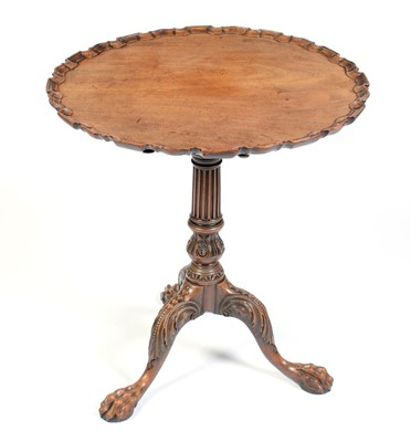 Lot 685 - 19th Century mahogany tripod table