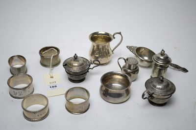 Lot 188 - A selection of silver items