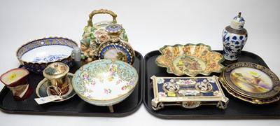 Lot 323 - A selection of various decorative ceramics.