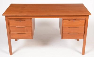 Lot 799 - Bent Silberg, Mòbler: A Danish teak desk fitted six drawers
