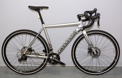 Lot 524 - A Cannondale gravel bike
