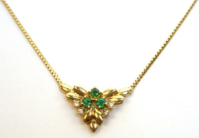 Lot 179 - Emerald and diamond necklace