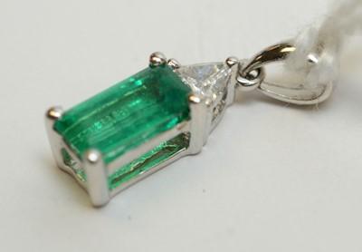 Lot 190 - Emerald and diamond pendant
