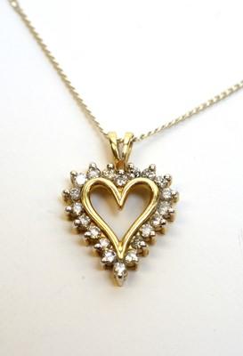 Lot 196 - A diamond heart-shaped pendant
