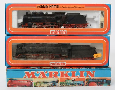 Lot 22 - Three Märklin HO-gauge locomotives and tenders.