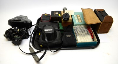 Lot 529 - A selection of cameras including Kodak, Canon and Pentax
