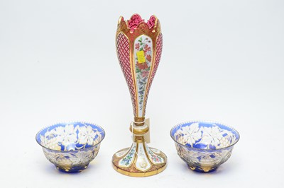 Lot 399 - Pair of finger bowls and a Bohemian glass vase