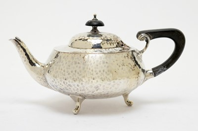 Lot 149 - An Arts & Crafts silver teapot, by Charles Edwards