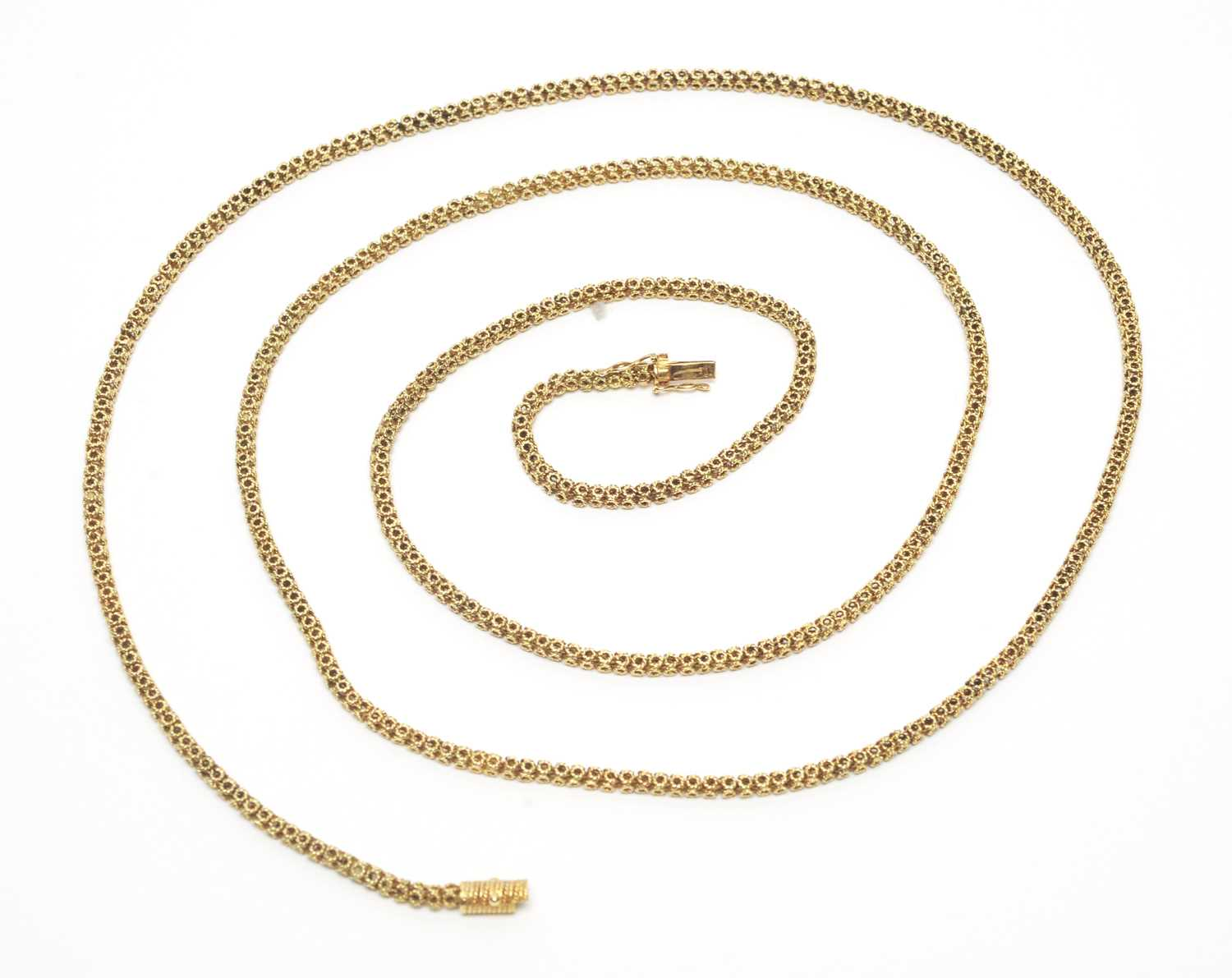 Lot 11 - A 14ct yellow gold necklace