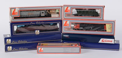 Lot 38 - LIMA HO-gauge locomotive.
