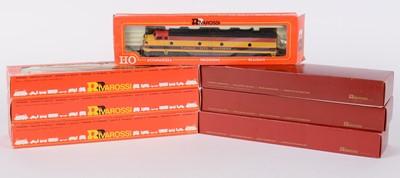 Lot 45 - Rivarossi HO-gauge American-Outline GM EMD E-8 locomotives and associated items.