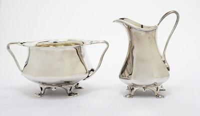Lot 179 - A George V silver sugar bowl and cream jug