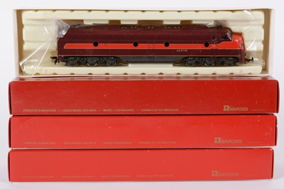 Lot 48 - Rivarossi HO-gauge American GM EMD E-8 locomotive pairs and other items.