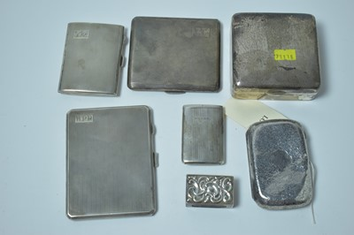 Lot 159 - A group of silver cigarette and vesta cases