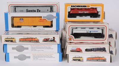 Lot 90 - Bachmann HO gauge rolling stock.