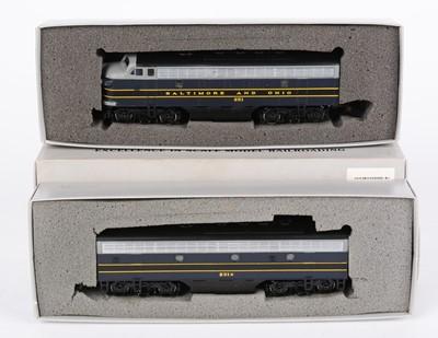 Lot 85 - HO-gauge American-Outline locomotives