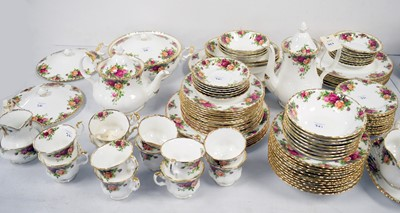 Lot 361 - A Royal Albert 'Old Country Roses' tea, coffee and dinner service