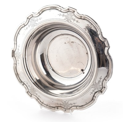 Lot 211 - A sterling silver bowl by Tiffany