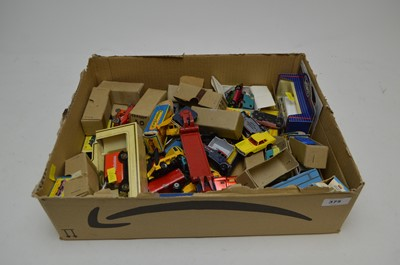 Lot 375 - Selection of loose and boxed model vehicles