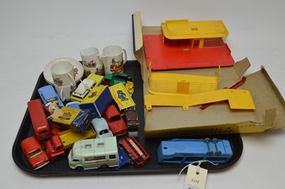 Lot 388 - A selection of boxed and loose die-cast vehicles and other items