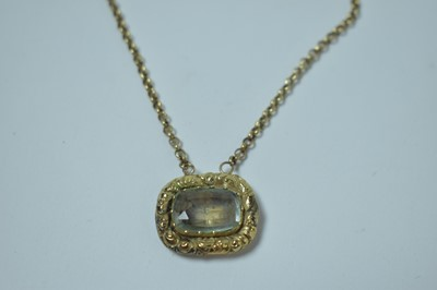 Lot 201 - A mourning pendant