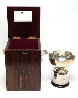 Lot 72 - A George V silver golf trophy.