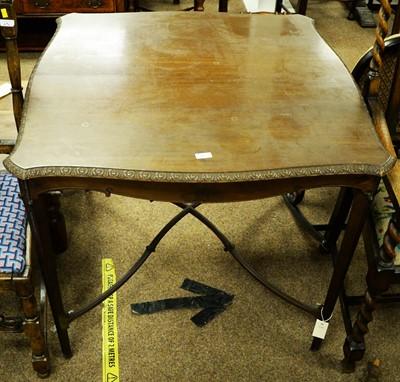 Lot 38 - Edwardian mahogany centre table