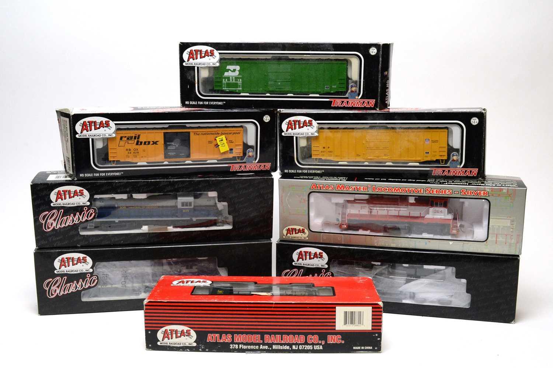Lot 619 - Eight Atlas H0-gauge trains.
