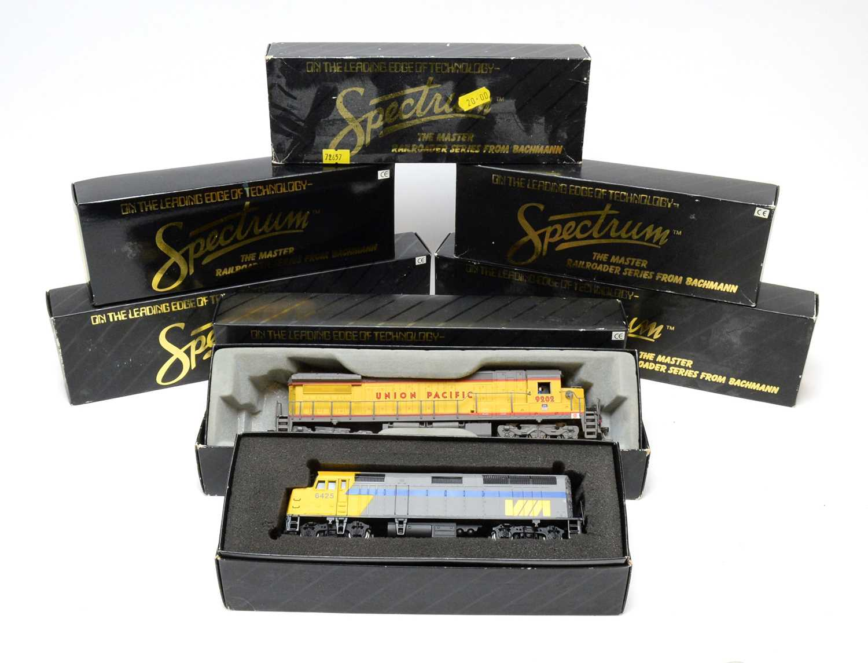 Lot 622 - Eight boxed Bachmann Spectrum Series HO-gauge trains.