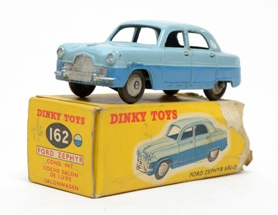 Lot 823 - Dinky Toys Ford Zephyr saloon