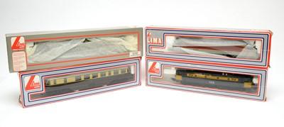 Lot 626 - Four LIMA model trains.